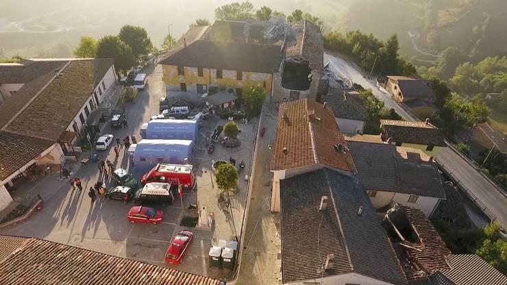 Nach der Erdbebenkatastrophe ruft Italien den Notstand aus (3)