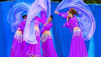Mystik pur: Angehörige der Tanzgruppe Anarinya hüllten das Publikum ein in eine mystische Welt orientalischer Exotik.