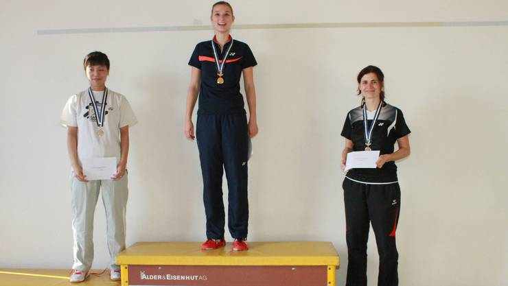 Die Medaillengewinner im Damen-Einzel (von links): Aki Sakai (2.), Lea Müller (1. und dreifache Aargauer Meisterin), Rita Trottmann (3.).