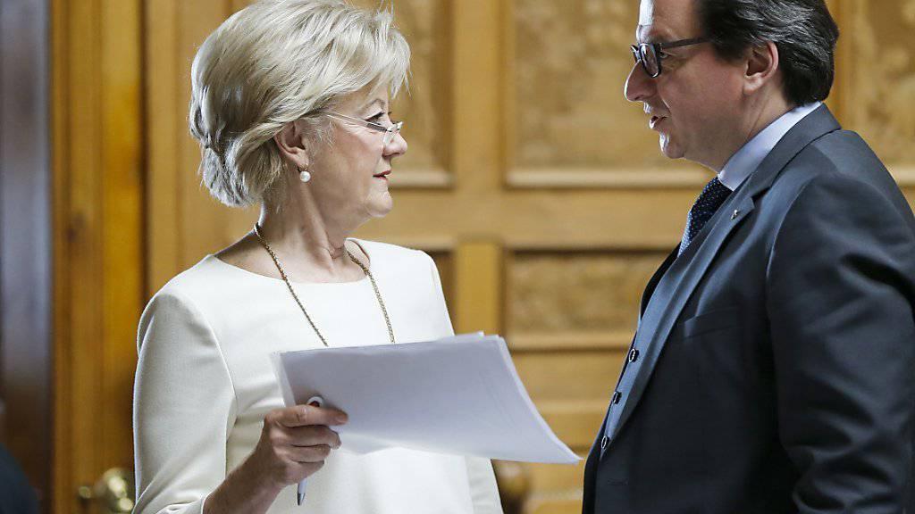 Die Linke kämpfte vehement gegen hohe Steuerausfälle. An vorderster Front engagierten sich Susanne Leutenegger Oberholzer (SP/BL) und Corrado Pardini (SP/BE).