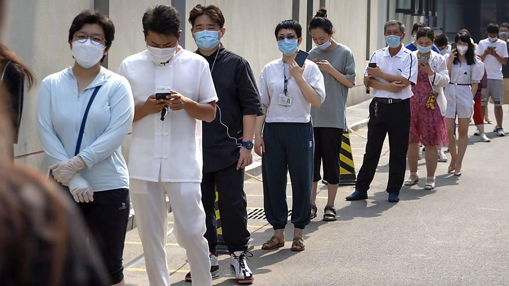Peking testet acht Millionen Menschen auf das Coronavirus