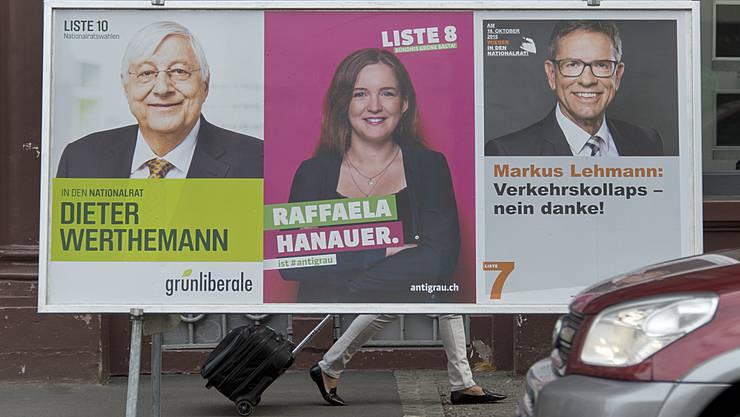 Auf den letzten Drücker: Am Mittwoch werden die Plakate der Grünen mit denen von den jungen Grünen überklebt. (Symbolbild)