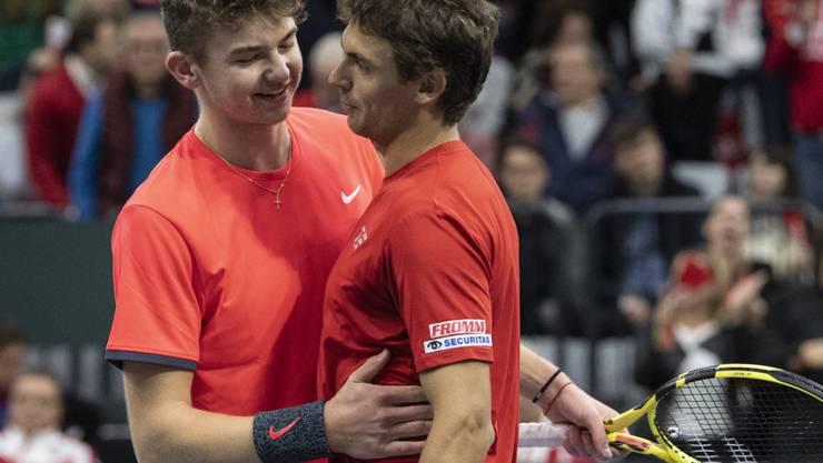 Jérôme Kym (links) und Henri Laaksonen hielten die Schweiz im Spiel