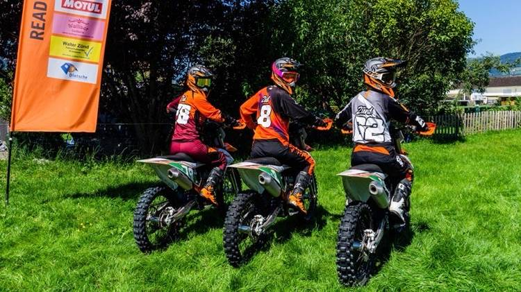Dreck, Lärm und Töff: Die Zünd-Schwestern leben Motocross