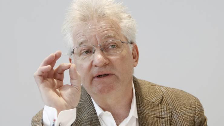 Ehemaliger und jetzt fristlos entlassener ERZ-Direktor Urs Pauli bei einer Medienkonferenz.