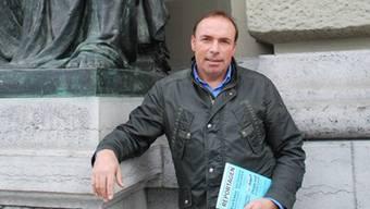 Gute Lektüre geht tiefer und hallt nach, sagt «Reportagen»-Gründer Daniel Puntas. Wir haben ihn an seinem Arbeitsort Bern getroffen.