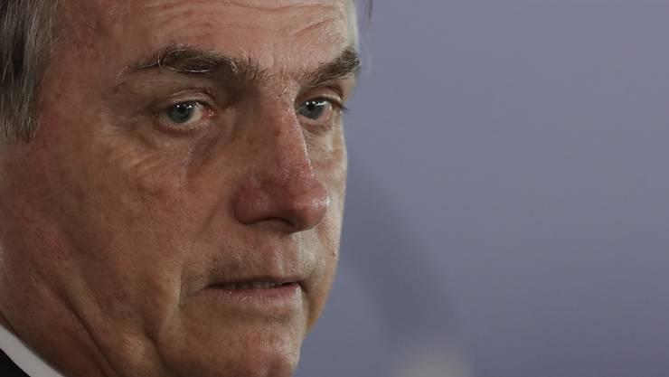 Schwer beleidigt: Bevor er wieder mit sich reden lässt, will der brasilianische Präsident Bolsonaro eine Entschuldigung vom französischen Präsidenten Macron.