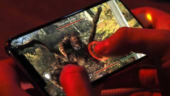 Online-Spielsucht wird offiziell als Krankheit anerkannt. (Archivbild)