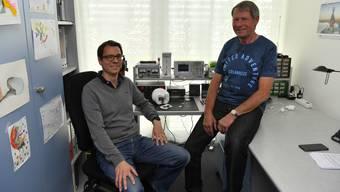 Sascha Nussbaumer (links), Präsident des Vereins, mit seinem Vater Peter Nussbaumer, Repair Café Grenchen