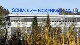 Das Logo der Stahlfirma Schmolz und Bickenbach AG