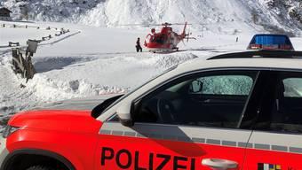 Ein Wintersportler konnte nur tot aus den Schneemassen geborgen werden. (Symbolbild)