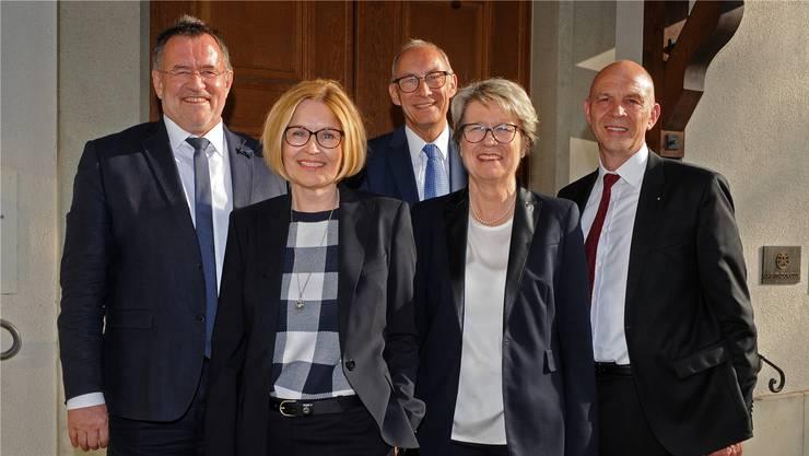 Die Spitze der ZTMedien AG: VR-Vizepräsident Martin Werfeli, die neue Geschäftsführerin Sabine Galindo, VR Felix Schönle, VR-Präsidentin Corina Eichenberger und der neue Verwaltungsrat Rolf Paul Freiermuth (v.l.).