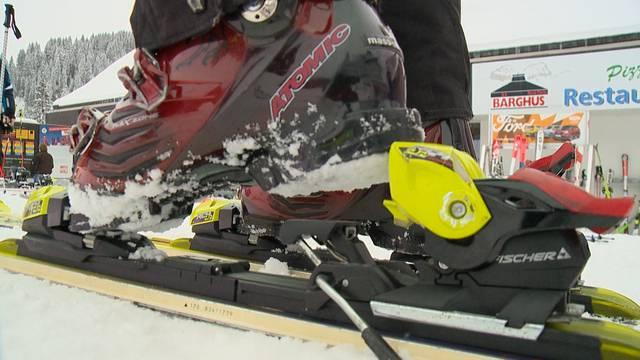 17'000 Knieverletzungen: Fehlende Innovation bei Skibindungen