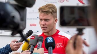 Plötzlich im Fokus: Nico Elvedi kam in Ungarn zu seinem Startelf-Debüt mit der Schweizer Nationalmannschaft. Der 20-jährige Gladbach-Verteidiger verkörpert die Zukunft der Schweizer Defensive. Keystone