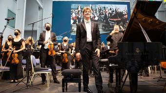 Bei der Saisoneröffnung konnte man noch strahlen und jubeln: Jan Lisiecki und (hinten) Rune Bergman.