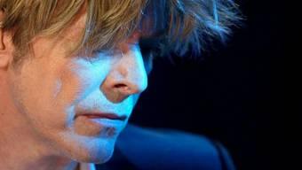 David Bowie hat ein riesiges Werk geschaffen. Diese 5 Songs geben einen guten Überblick über die Vielseitigkeit des Künstlers.