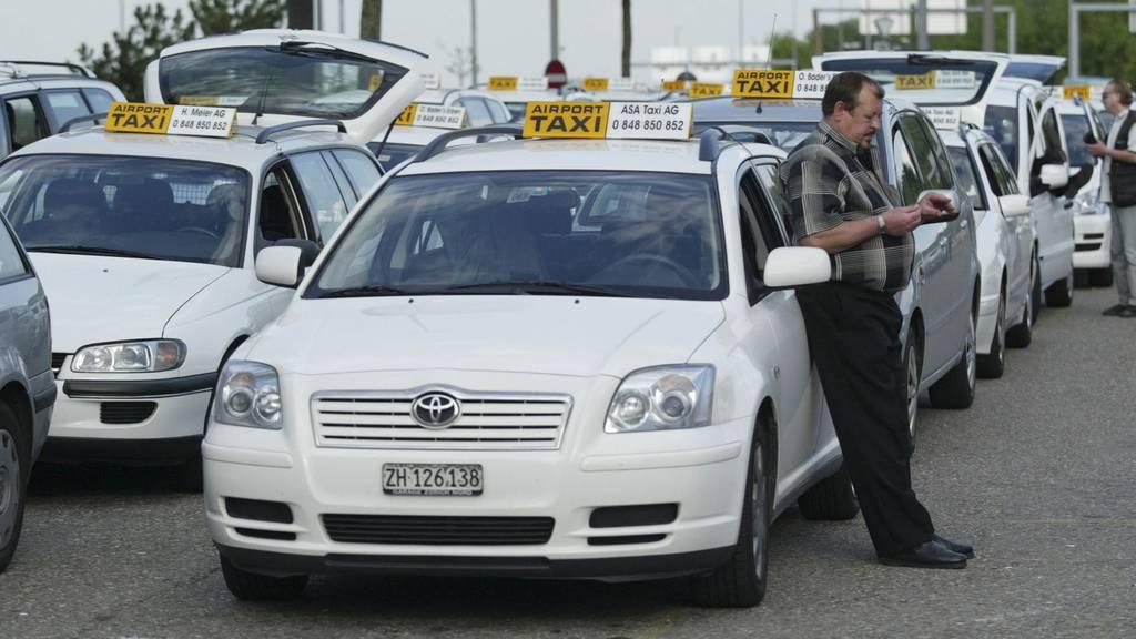 Transportunternehmen wollen in das Corona-Hilfspaket für den öV einbezogen werden