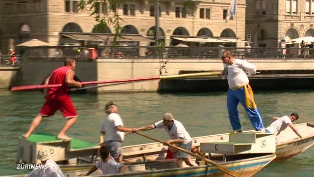 Schifferstechen: Ritter-Turnier auf dem Wasser
