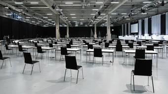 So sieht Social Distancing im Grossen aus: die Messehallen der Bernexpo, in welcher der Nationalrat ab nächstem Montag wegen des Coronavirus ausnahmsweise tagt.