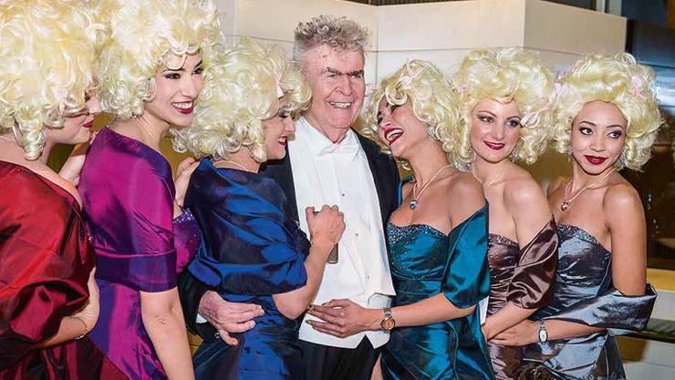 Die Weltwoche zeigte im Januar ein Foto von Buser am Wiener Opernball 2015