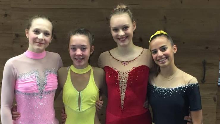 Erfolgreiche Eiskunstläuferinnen: Claire DePorter (v.l.n.r.), Sarina Lehmann, Tara Jordan und Lara Bumann.