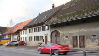 In der gemeindeeigenen Liegenschaft im Oberdorf 5 in Bözen ziehen im kommenden Jahr zirka zehn Asylsuchende ein. CM