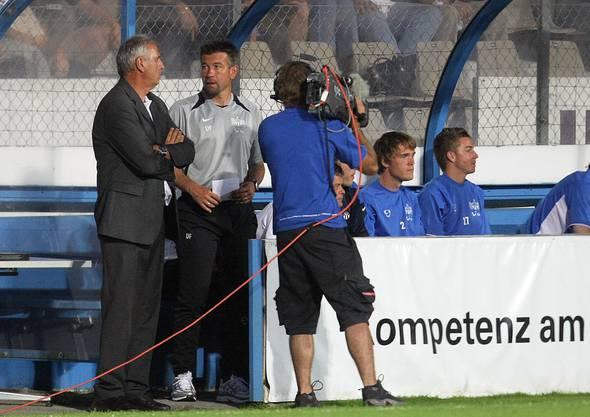 Nach seiner aktiven Karriere wurde Fischer 2007 beim FCZ Co-Trainer unter Bernard Challandes (l.).