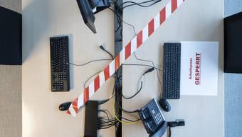 Büro gesperrt: Bis Ende Februar gilt eine Homeofficepflicht.