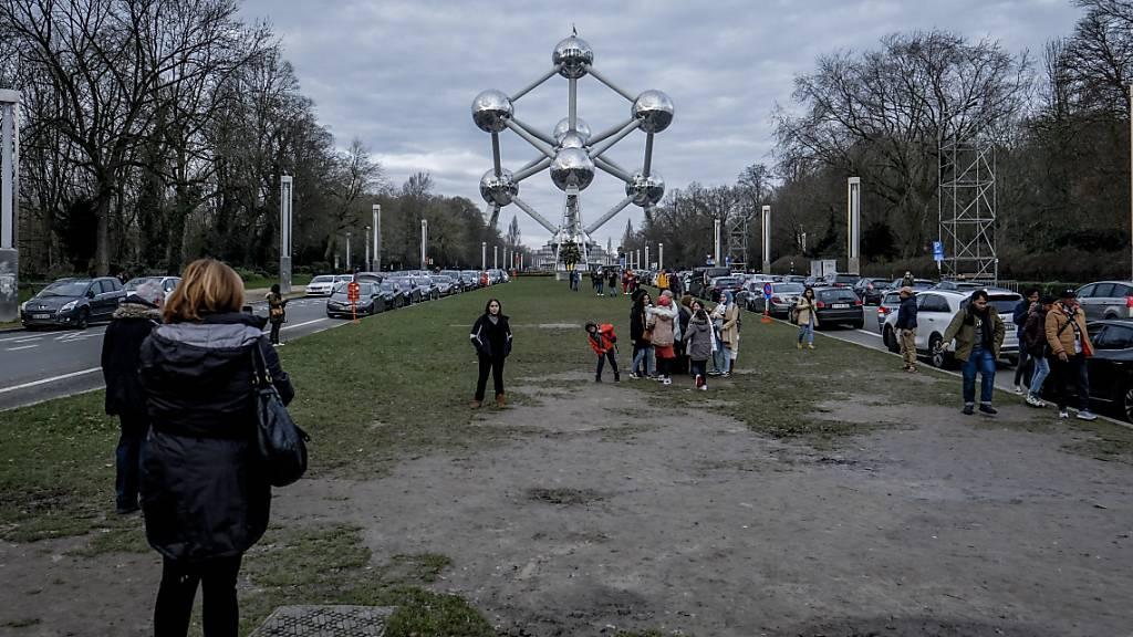 Brüsseler Atomium nach Corona-Krise wieder geöffnet