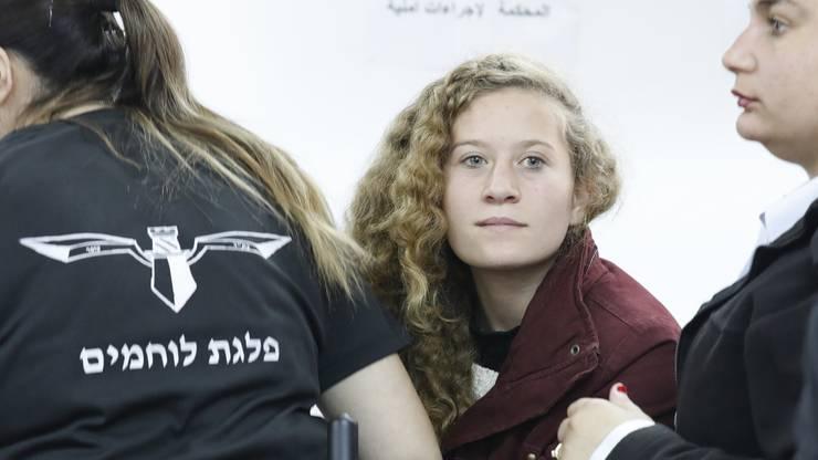 Sie hatte vor laufender Kamera einem israelischen Soldaten ins Gesicht geschlagen.