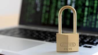 Um Informationssicherheit in Unternehmen sicherzustellen, sind Fachkräfte gefragt. Der Bund lanciert ein neues Berufsbild für ICT-Sicherheits-Experten.