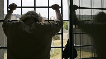Massiv mehr Senioren sitzen in Schweizer Gefängnissen (Symbolbild)