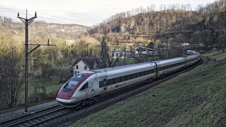 Der Doppelspurausbau wird für einen zweiten Schnellzug zwischen Basel und Biel benötigt.