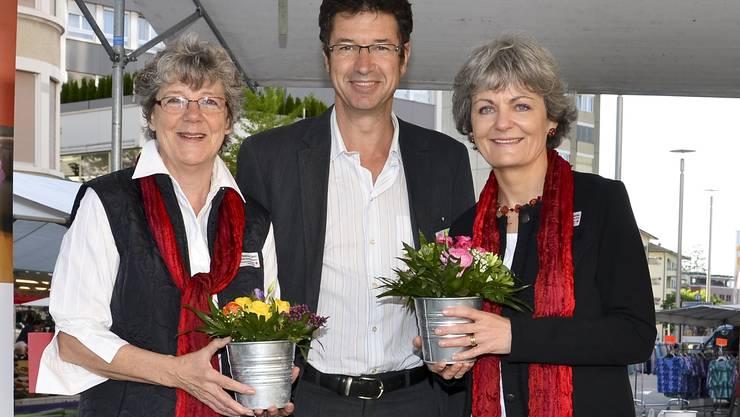 Beatrice Gehri (Regionalstellenleiterin Grenchen), René Spahr (Geschäftsleiter SRK Kanton Solothurn), Christa Moeri Gächter (ab 1. Juni Regionalstellenleiterin Grenchen).