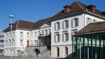 Der Schutz der Gemeinde- und Kantonsangestellten soll neu im Departement von Landammann Urs Hofmann angesiedelt werden.