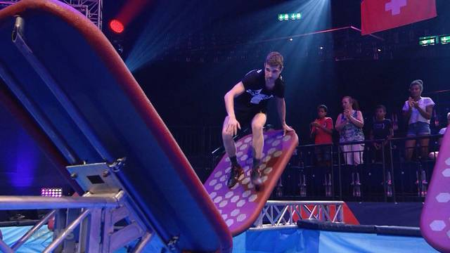 Trotz Fuss-Bruch bei Ninja Warrior Switzerland
