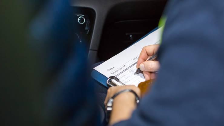 Die Zürcher Stadtpolizei gibt seit November 2017 die Nationalitäten in Polizeimeldungen nur noch auf Nachfrage bekannt. (Symbolbild)