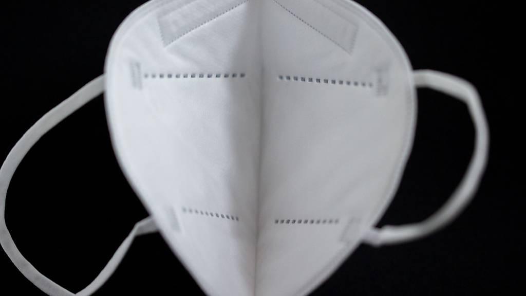 Kanton Glarus reicht Strafanzeige ein wegen gefälschter FFP2-Masken