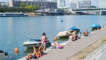 Am Rheinbord darf man tagsüber wieder die Böxli aufdrehen.