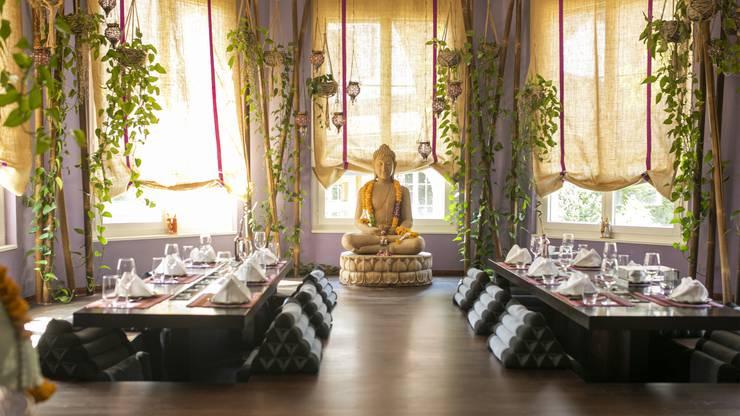 Einzigartigkeit ist alles – auch deshalb hat Felix Suhner die «Seerose» mit Thai-Chic und Buddha angereichert.