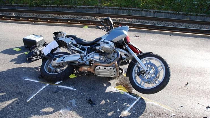 Motorradfahrer verunfallt. (Symbolbild)