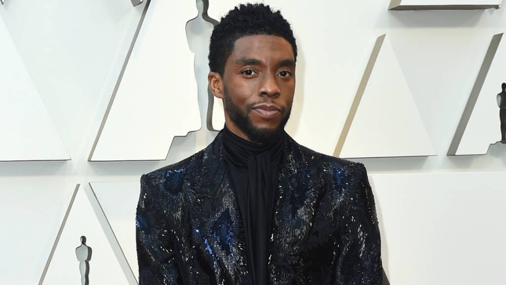 ARCHIV - Chadwick Boseman kommt zur Verleihung der 91. Academy Awards, den Oscars 2019, über den Roten Teppich ins Dolby Theatre. Foto: Jordan Strauss/Invision/AP/dpa