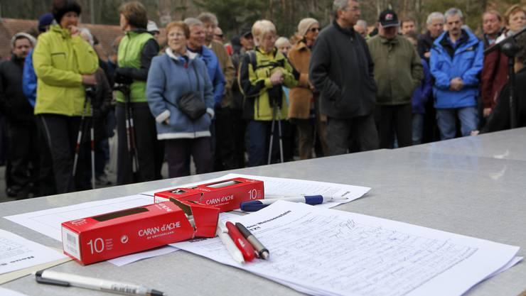 Am 7. März startete die Unterschriftensammlung und etwas mehr als einen Monat später sind 30'000 Unterschriften zusammengekommen.