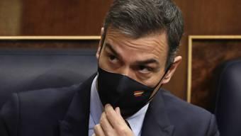dpatopbilder - Pedro Sanchez, Ministerpräsident von Spanien, muss sich einem Misstrauensantrag der rechtspopulistischen Vox-Partei stellen. Foto: Manu Fernandez/AP POOL/dpa