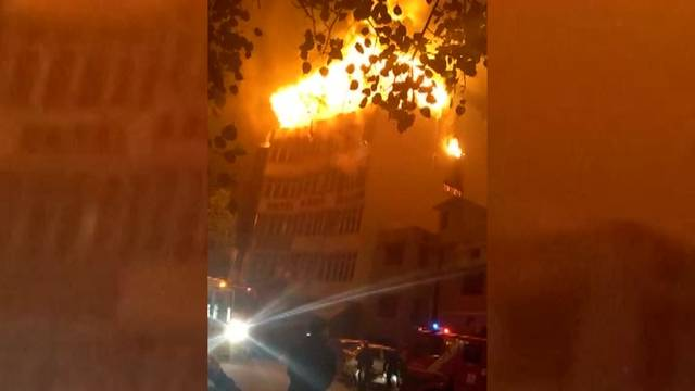 17 Tote bei Feuer in Hotel