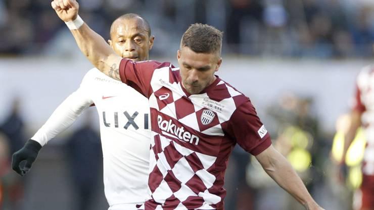 Lukas Podolski wechselt von der J- in die Süper-League