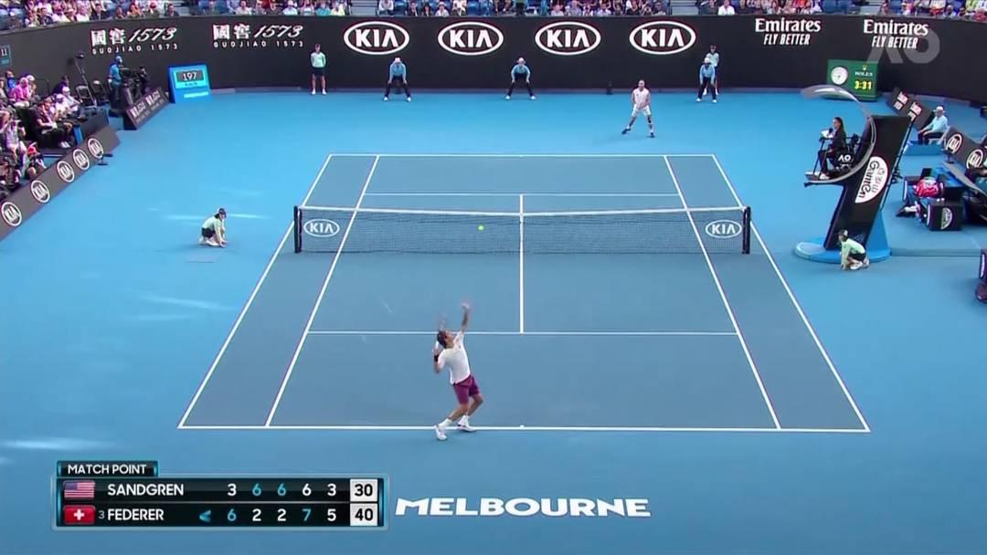 Matchball-Abwehr, Schmerzen und verbale Ausraster: die wichtigsten Momente von Roger Federers Viertelfinal-Spiel gegen Tennys Sandgren