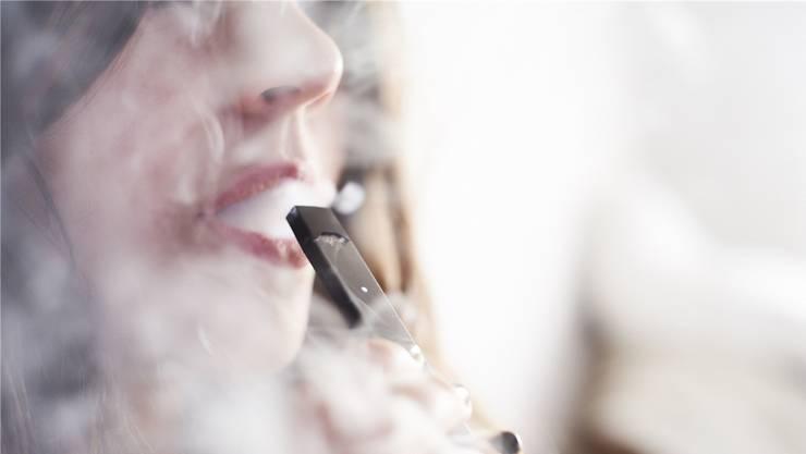 Die E-Zigaretten der Marke Juul sehen aus wie USB-Sticks.