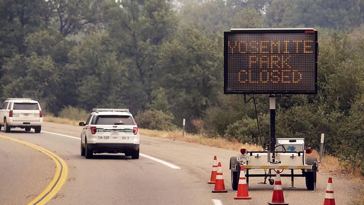 Der Yosemite-Nationalpark in Kalifornien wird nach der Sperrung aufgrund eines Waldbrandes in den kommenden Tagen teilweise wieder eröffnet. (Archivbild)