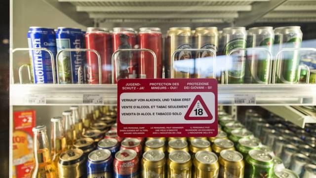 Waadtländer sollen ab 20.00 Uhr keinen Alkohol mehr kaufen können.